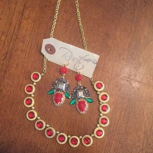 Roots Boutique- NWT - Necklace and Earring Set